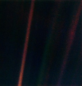 536_Pale_Blue_Dot1